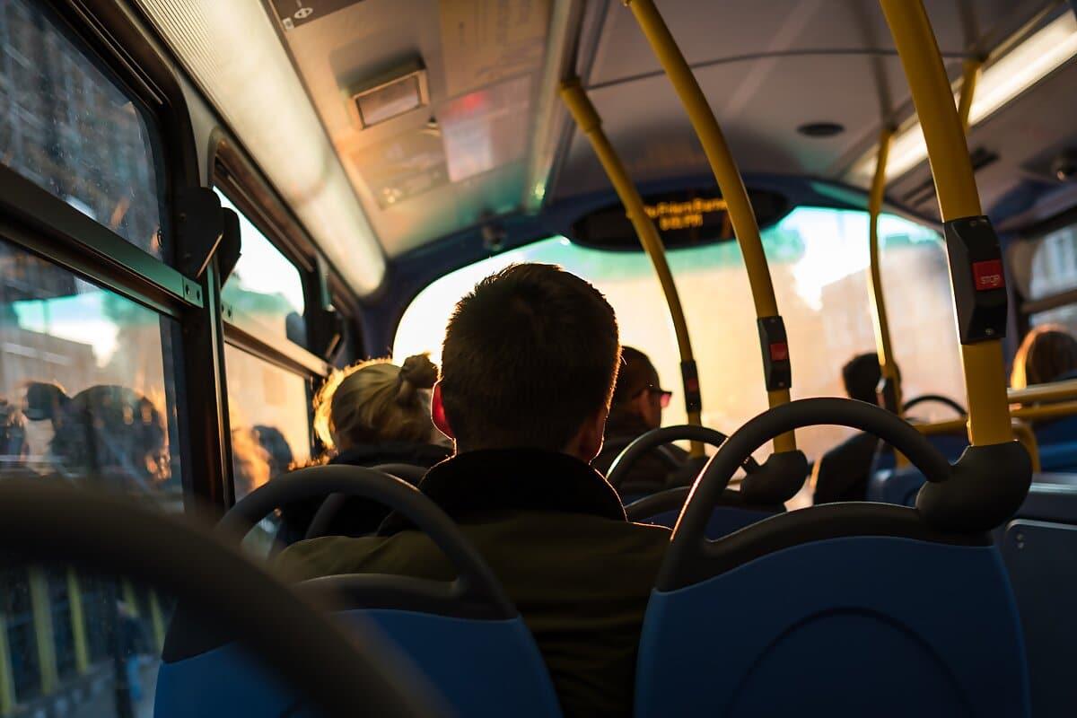 best-deal-airporthotel-kontakt-anfahrt-bus